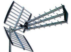 antenas, amplificadores, alimentadores, conectores, cables